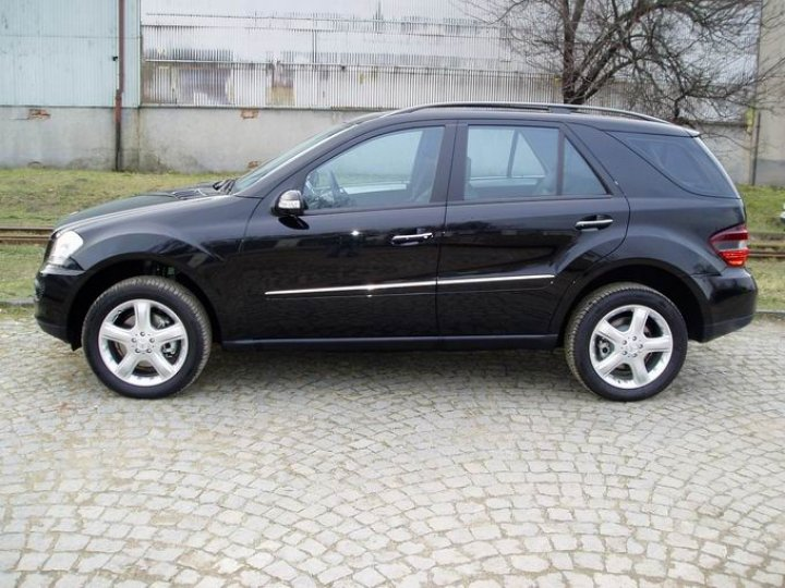 Mercedes Benz ML 320CDi - Sport paket - 2