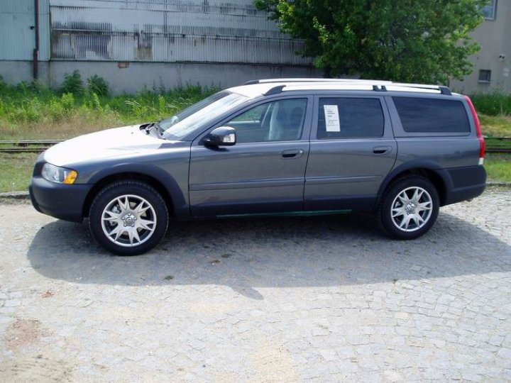 Volvo XC- 70 cross country D5 - 2
