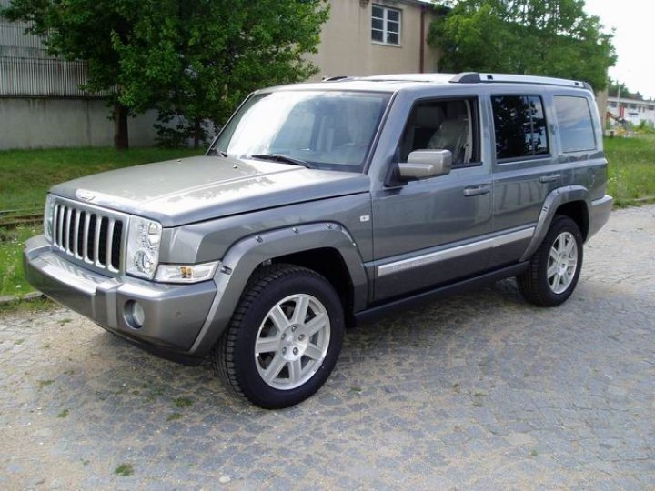 Jeep Commander Overland CRD - 1