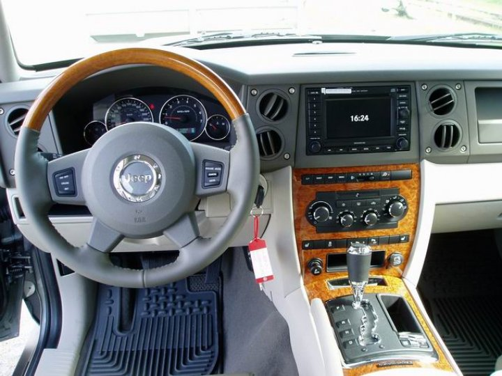 Jeep Commander Overland CRD - 4