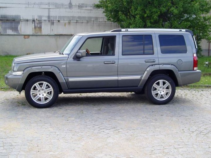 Jeep Commander Overland CRD - 2