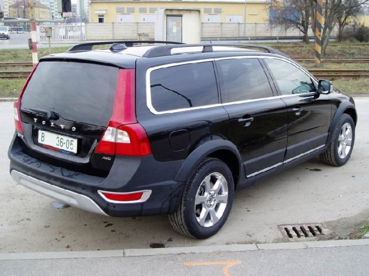 Volvo XC- 70 cross country D5 - 3
