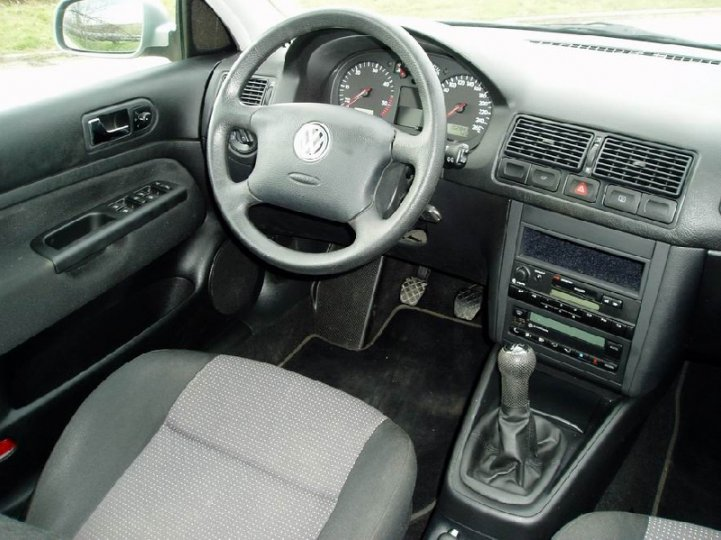 Volkswagen Golf 1.9 TDi- edition - 5