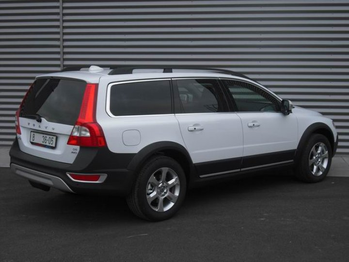 Volkswagen XC- 70 cross country D5 - 3