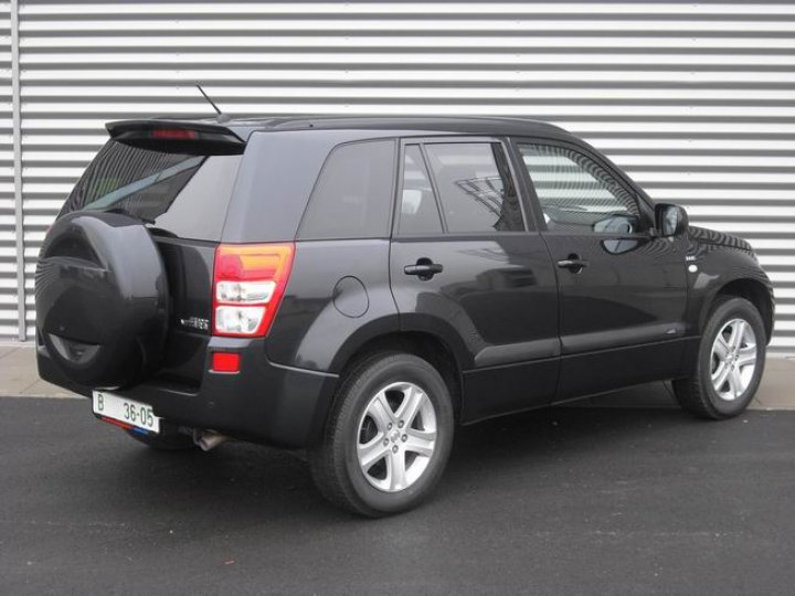 Suzuki Grand Vitara 1.9DiD - 2
