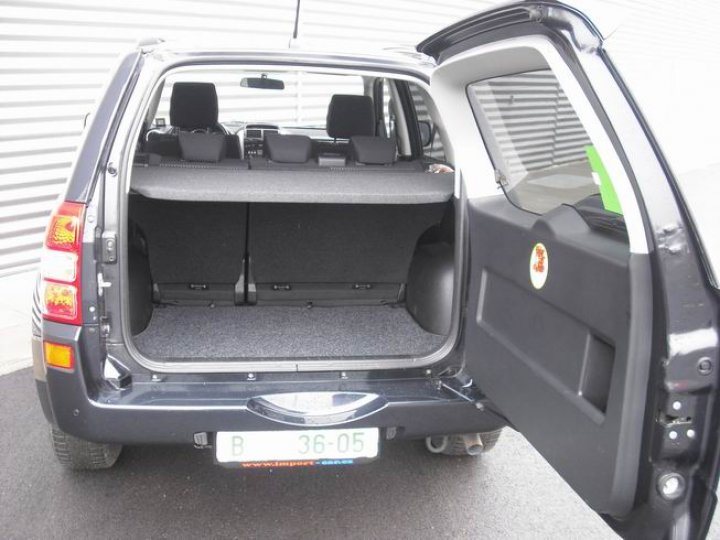 Suzuki Grand Vitara 1.9DiD - 4