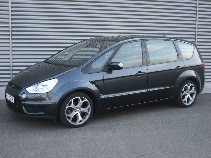 Ford S MAX - 1
