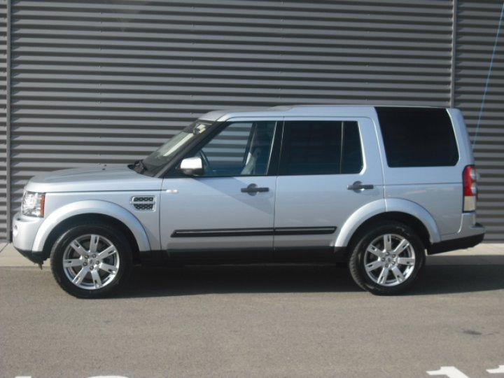 Land Rover Discovery 4 - 2