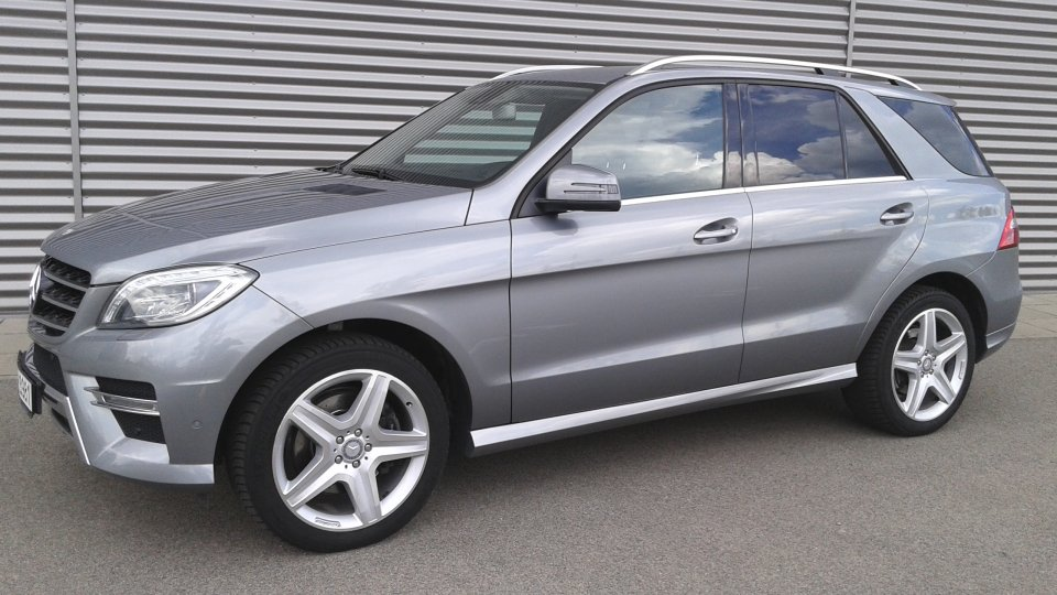 Mercedes Benz ML 350 bluetec 4matic - 1