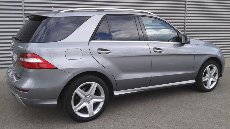 Mercedes Benz ML 350 bluetec 4matic - 3