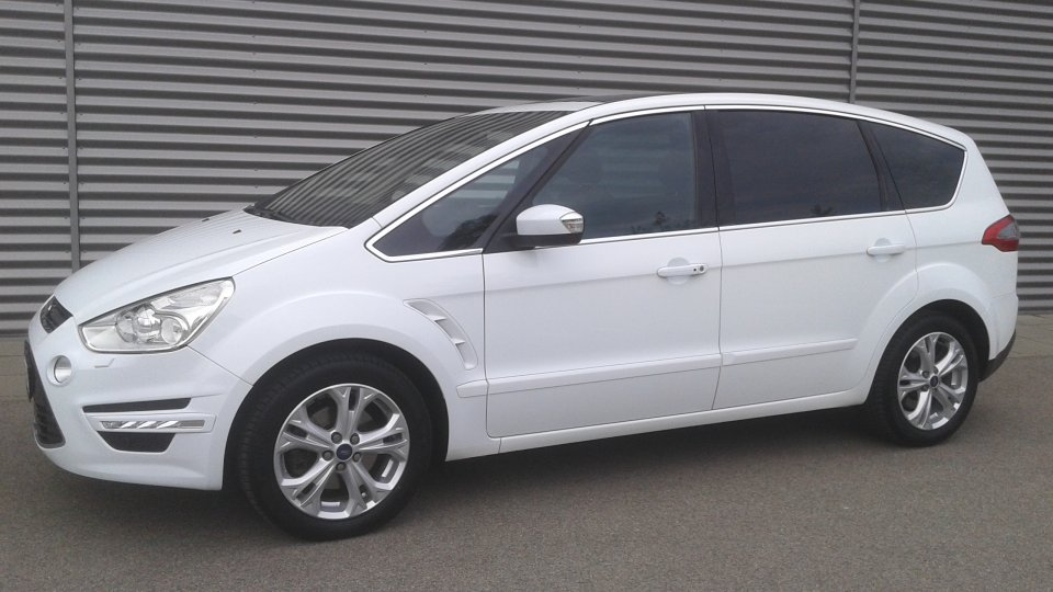 Ford S-MAX  2.2tdci  200ps  TITANIUM  7míst   PANORAMA - 1
