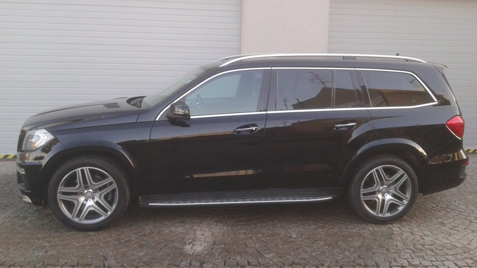 Mercedes Benz GL 350 BlueTec  4Matic - 2