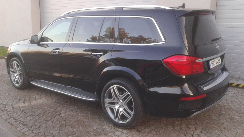 Mercedes Benz GL 350 BlueTec  4Matic - 3