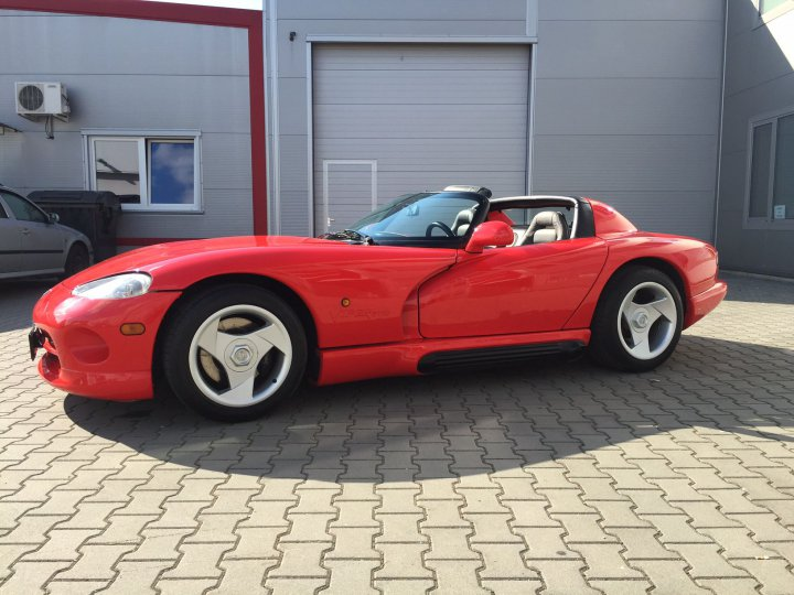 Chrysler Dodge - Chrysler - Viper RT/10 - 4