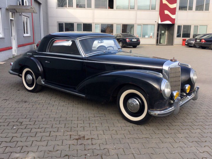 Mercedes Benz 300 S coupe - 6
