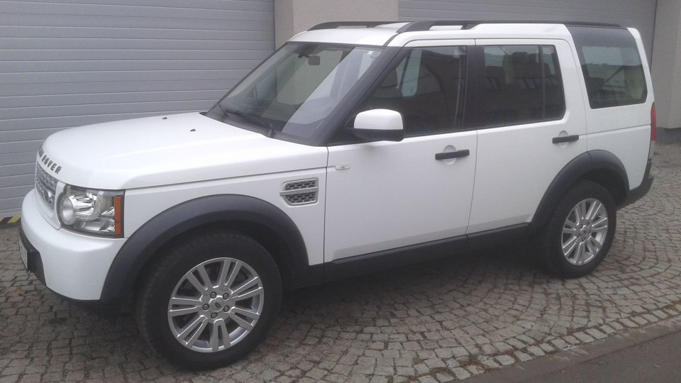 Land Rover Discovery 4   TDV6 S - 1