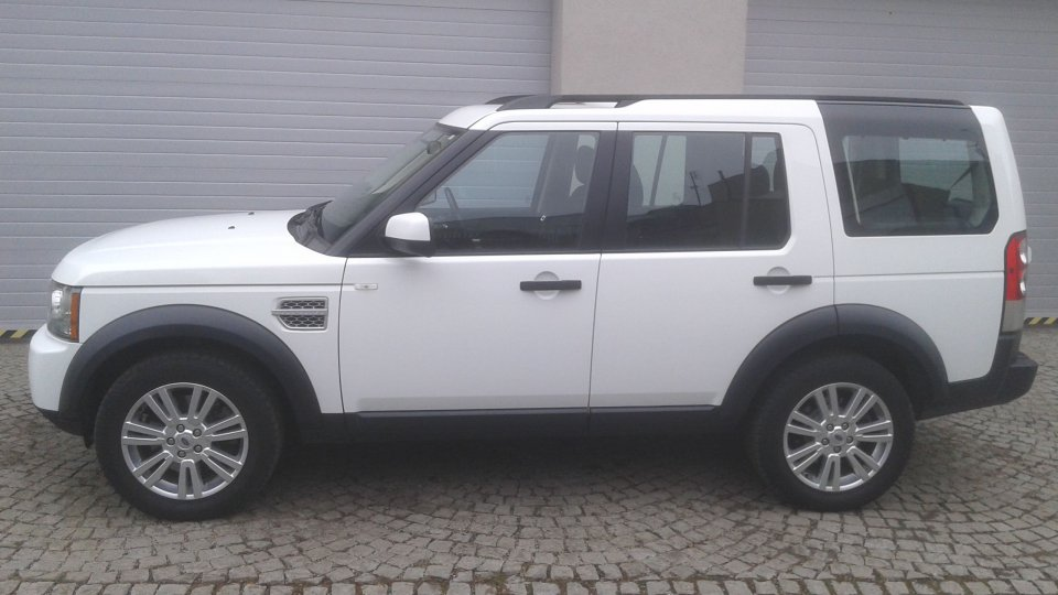 Land Rover Discovery 4   TDV6 S - 2