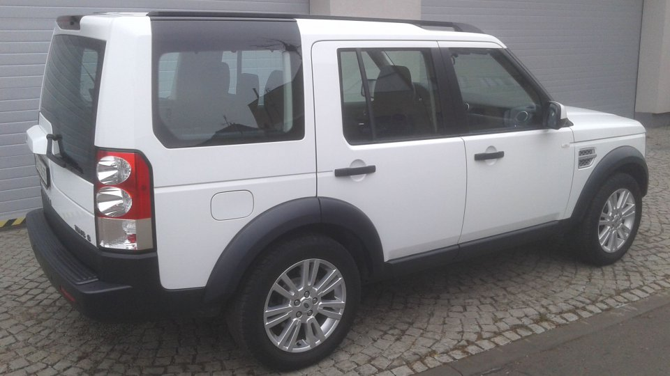 Land Rover Discovery 4   TDV6 S - 4