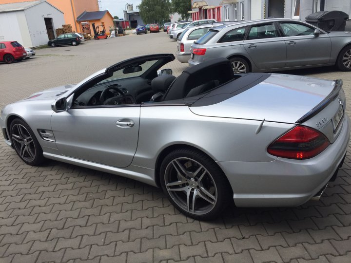 Mercedes Benz SL 65 AMG SPEEDSHIFT - 4