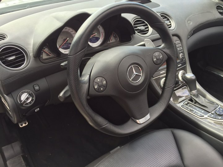 Mercedes Benz SL 65 AMG SPEEDSHIFT - 13